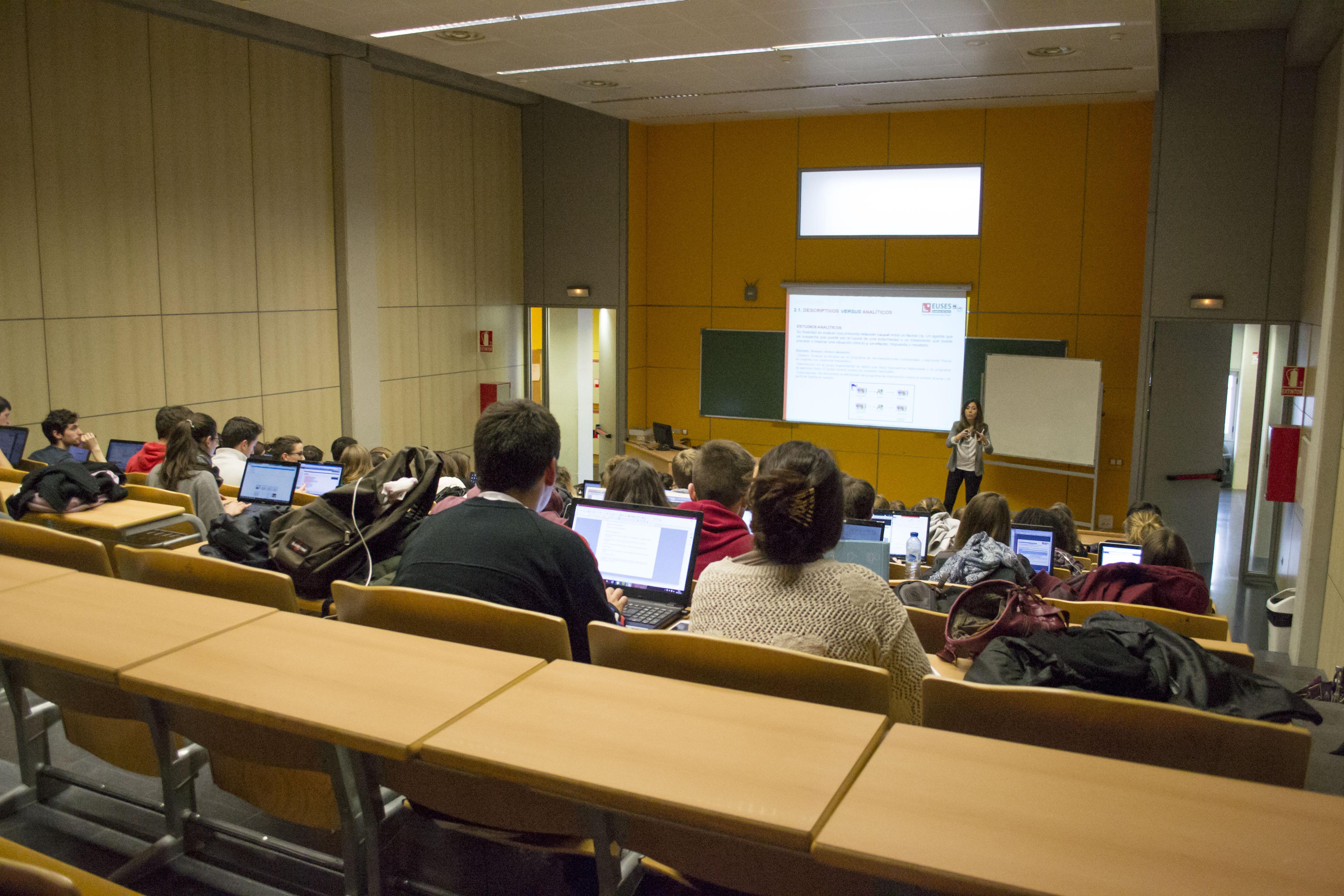 Un equip docent de qualitat al Grau de Fisioteràpia d'Euses-URV