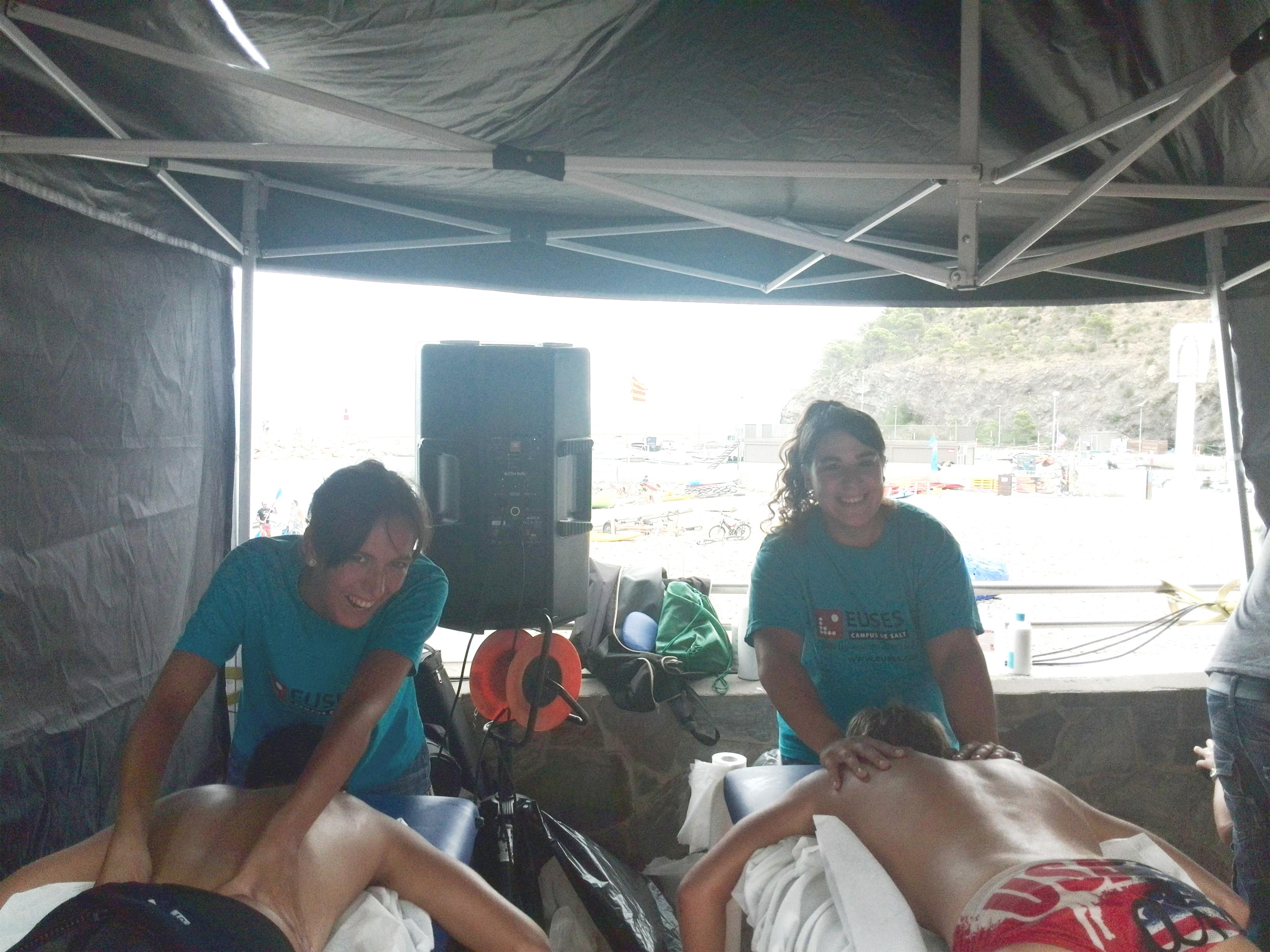"""EUSES recupera els participants de la travessia de natació """"Swim Colera"""""""