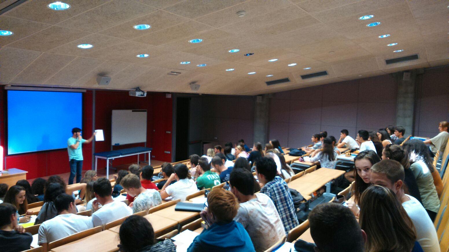 Arrenca el curs acadèmic 2015/16 a l'Escola Universitària de la Salut i de l'Esport i al Centre Privat Garbí