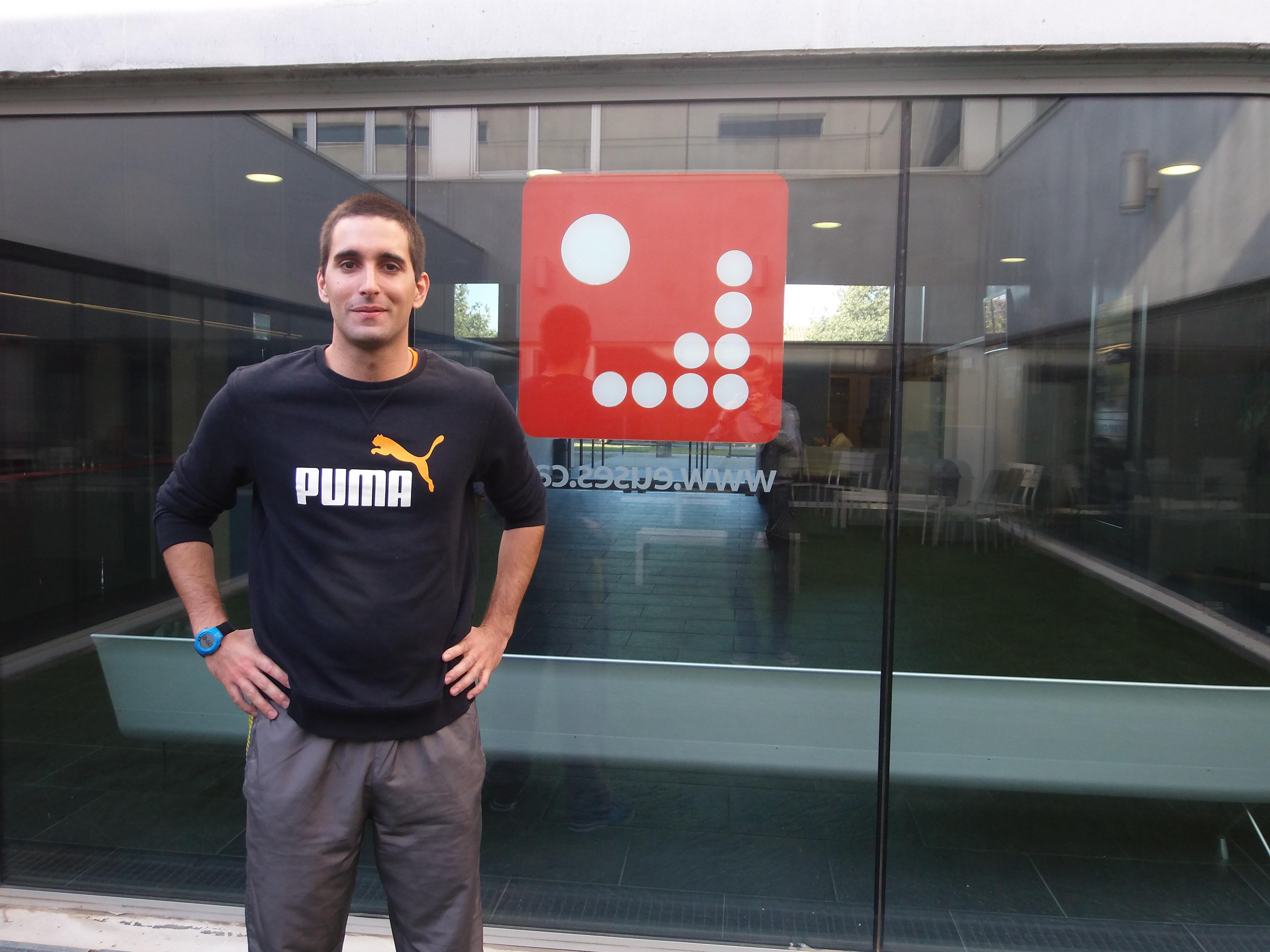 Un estudiant de Portugal realitza el treball final de Màster d'Esports Col·lectius a EUSES