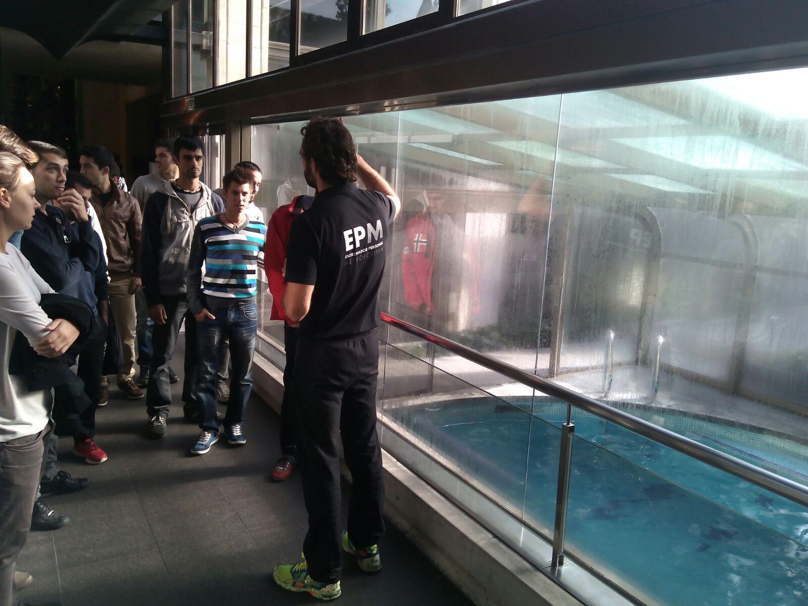 """Visita dels alumnes de 4t de CAFE d'EUSES TE-URV al Metropolitan Iradier dins l'assignatura """"Professió i Reptes de Futur"""""""