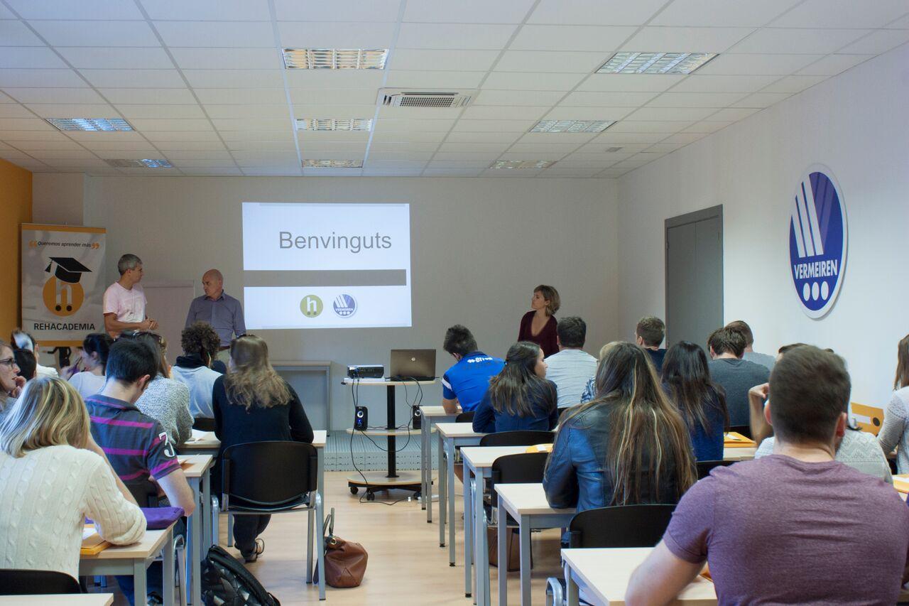 Visita a Rehagirona dels alumnes de 4t curs del Grau en Fisioteràpia dins l'assignatura d'Ortesis i Pròtesis