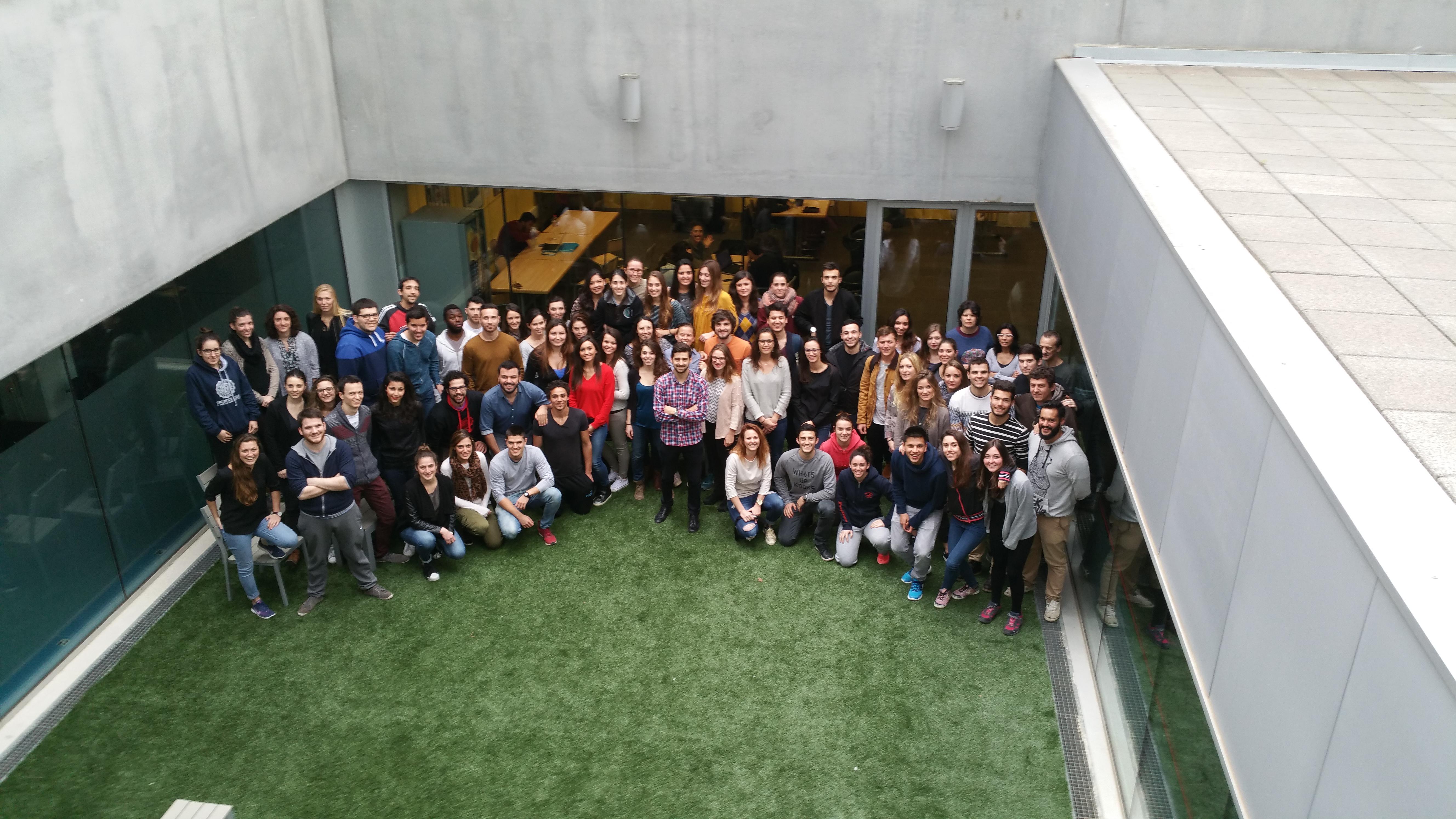 Alumnos de 3r curso del Grado de Fisioterapia participan en un estudio dirigido por el profesor Jorge Cazorla