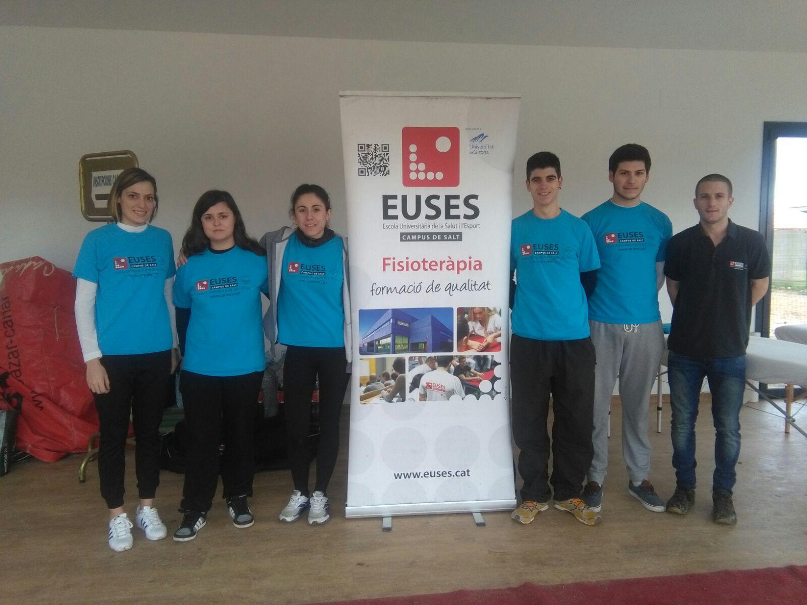 Alumnes del Grau en Fisioteràpia recuperen els esportistes de la 5a edició de la Duatló de Porqueres