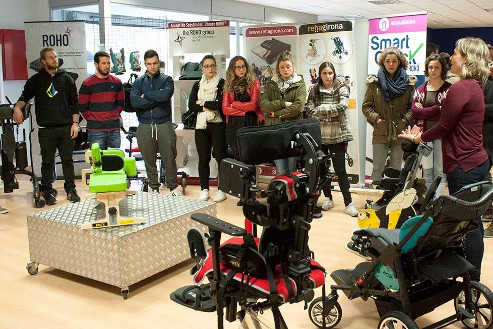 Els alumnes de 4t curs del Grau en Fisioteràpia d'EUSES realitzen una visita a l'empresa Rehagirona
