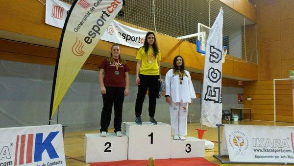 Xena Rodera, alumna de CAFE d'EUSES TE-URV, medalla de plata al campionat català universitari de Taekwondo
