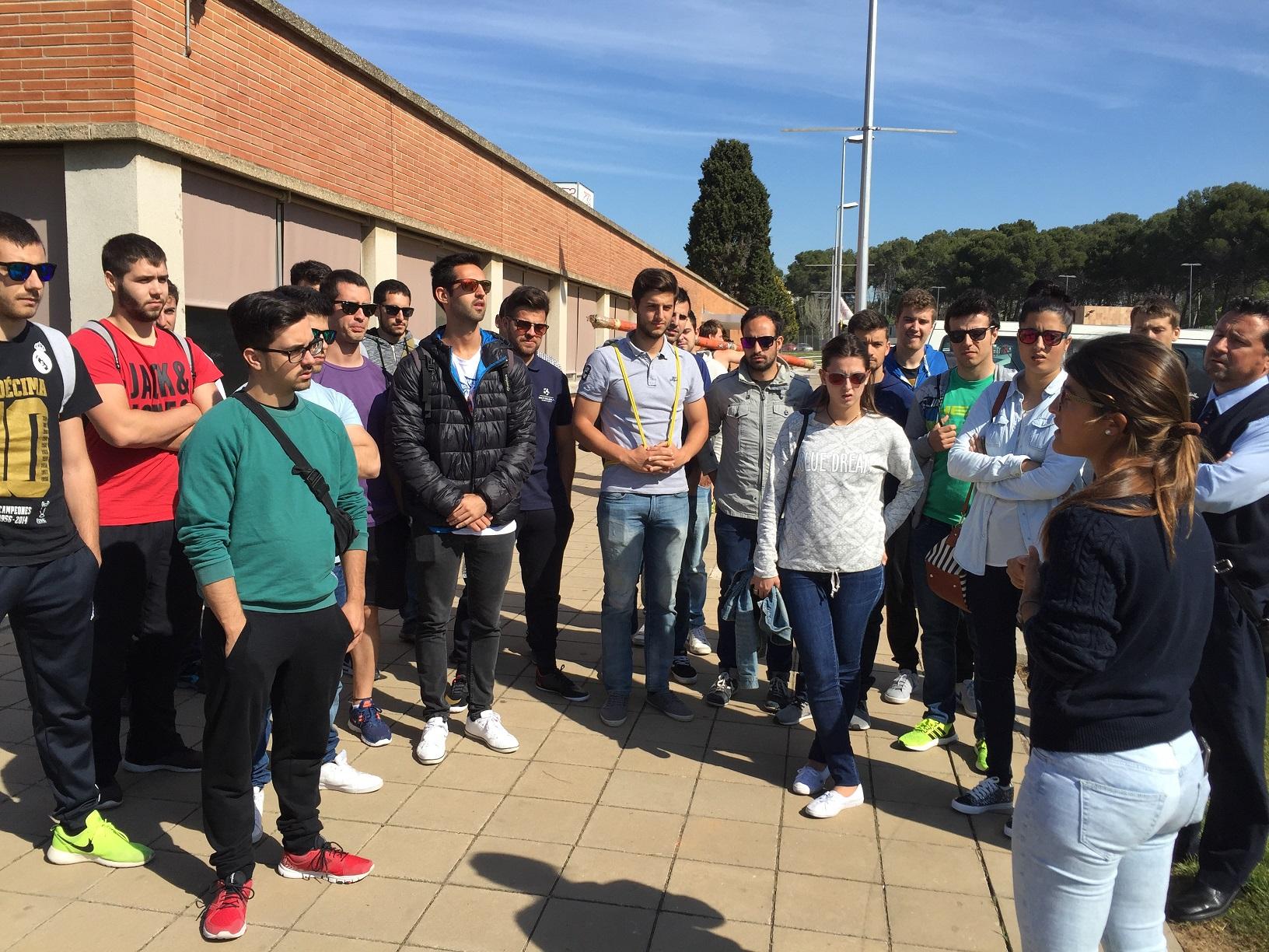 Els alumnes de 3r curs de CAFE d'EUSES TE-URV visiten el Centre d'Alt Rendiment de Sant Cugat
