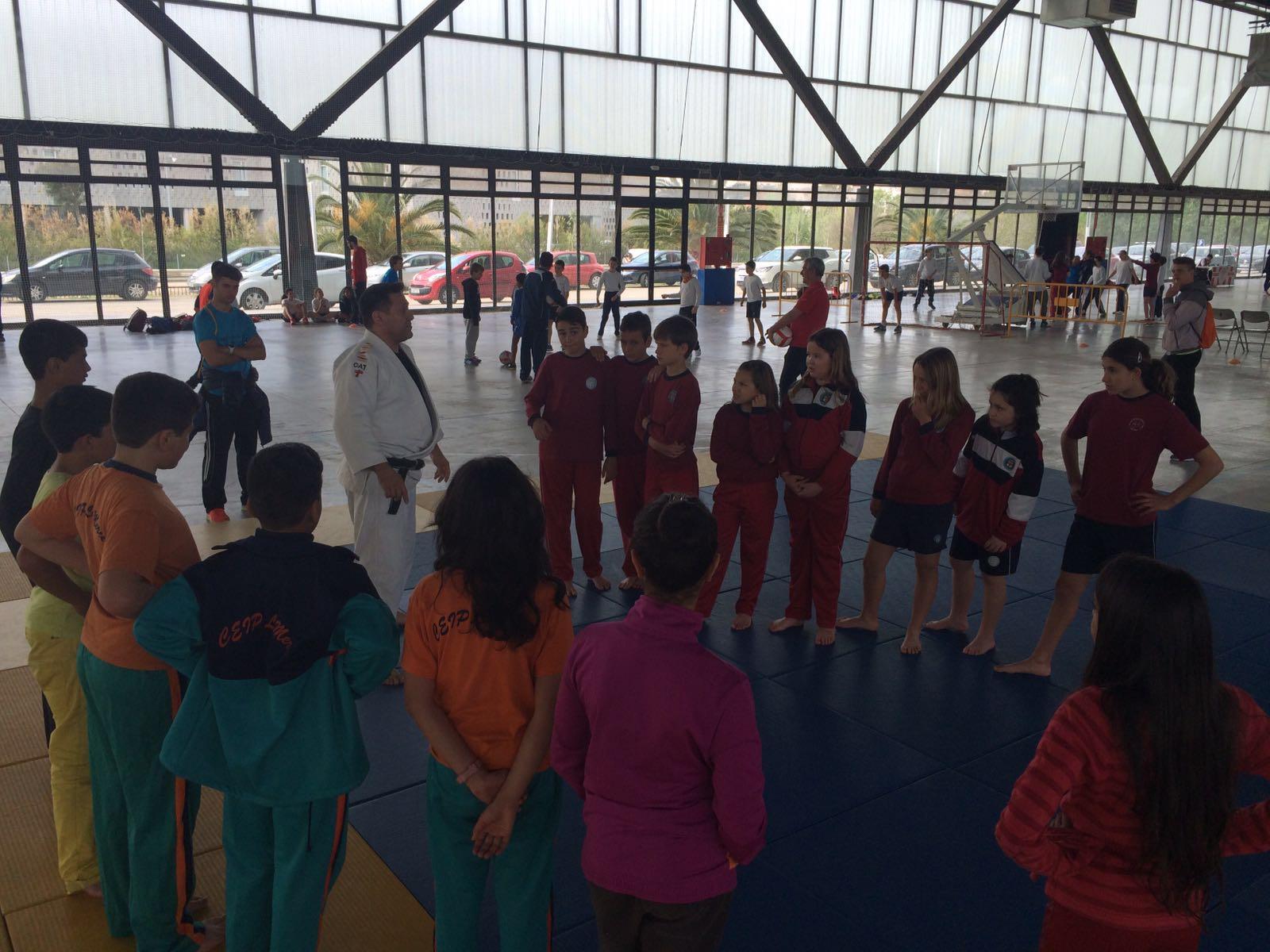 EUSES Terres de l'Ebre-URV, present a la 4a Diada Poliesportiva de centres d'ensenyament del Baix Ebre