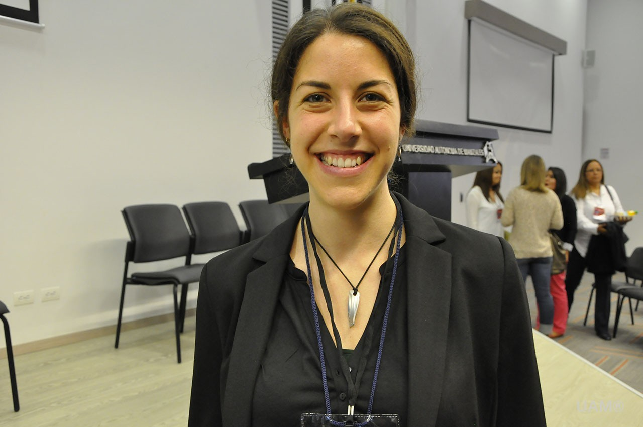 Ponència a Colòmbia de la professora d'EUSES Eulàlia Bassas en la 1a Trobada Internacional de Neurorehabilitació