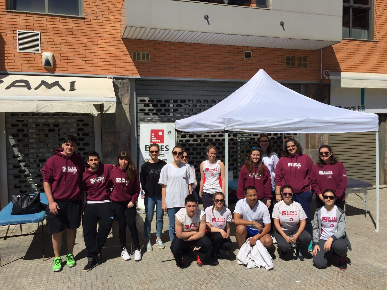 Alumnes del Grau en Fisioteràpia d'EUSES TE-URV col·laboren en la cursa popular Ciutat de Tortosa