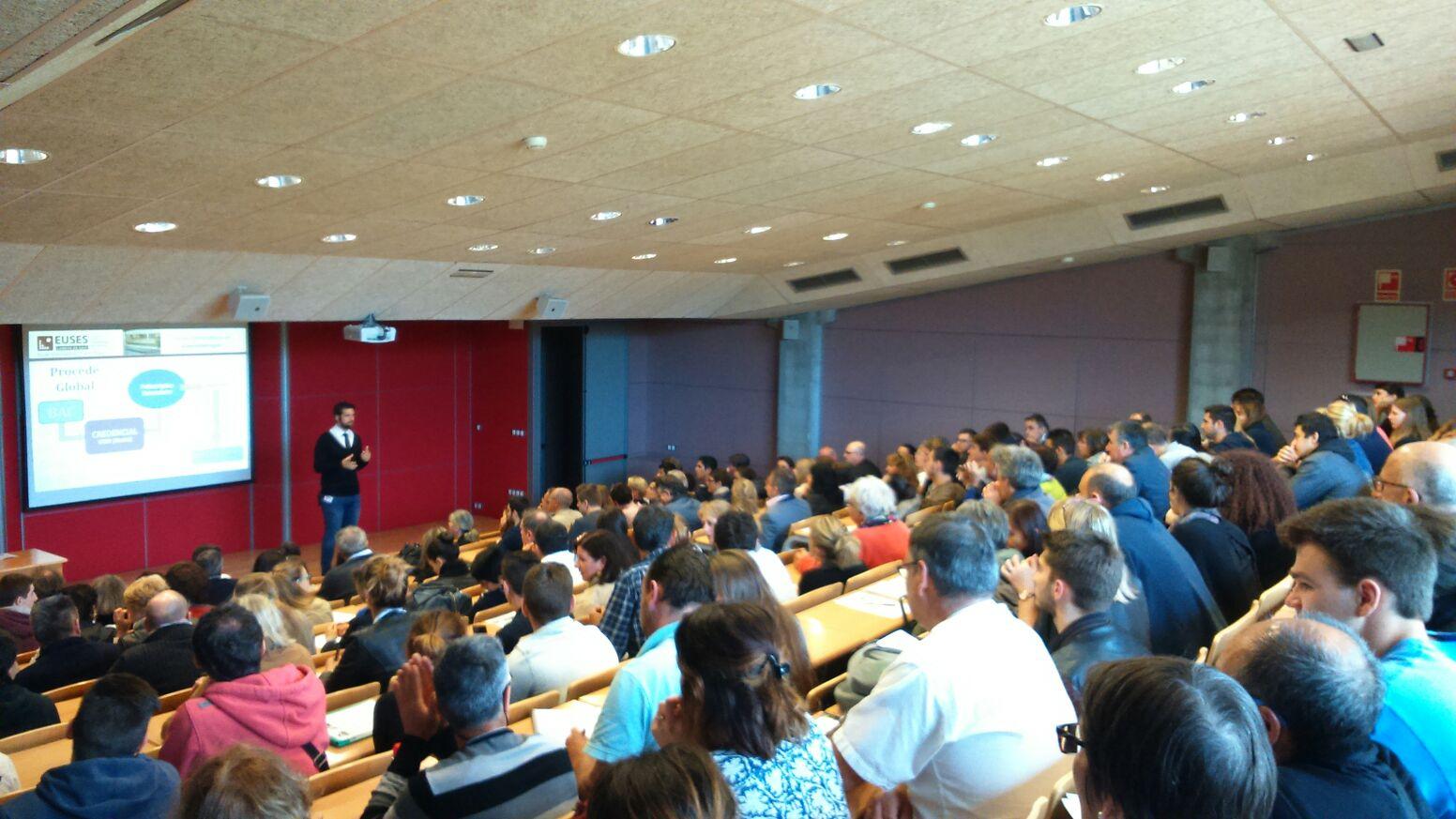 Gran afluencia de públic en la darrera jornada de portes obertes de l'Escola Universitària de la Salut i l'Esport