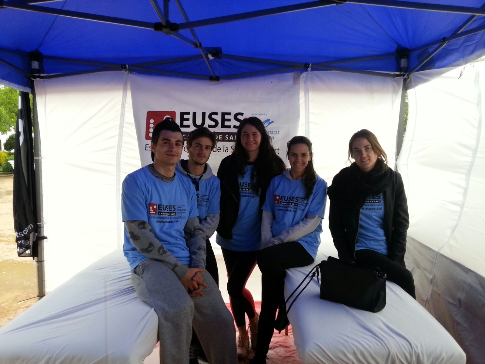 Estudiants del Grau en Fisioteràpia d'EUSES, en el Run Festival de Tossa 2016