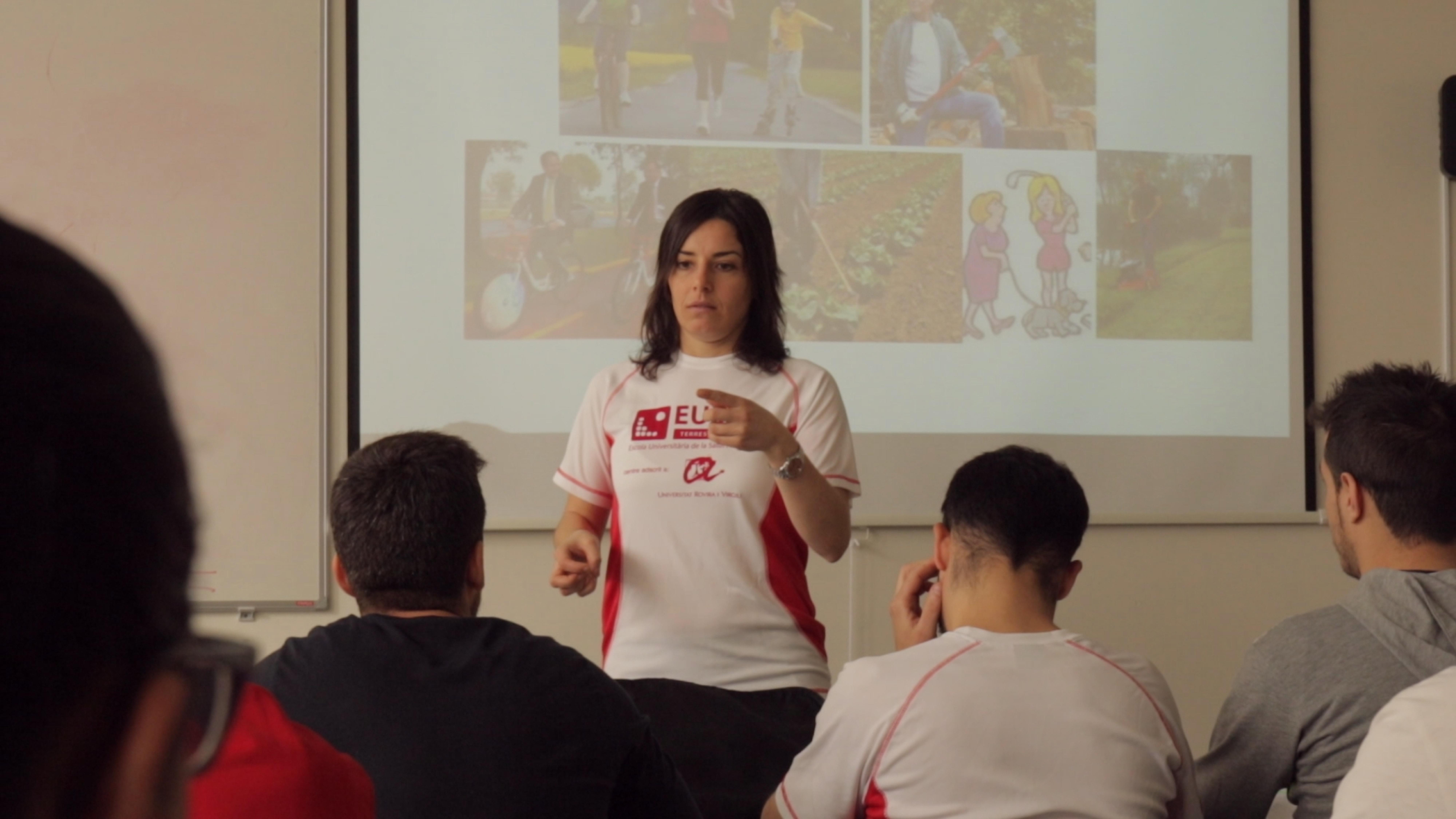 Com és l'itinerari acadèmic del Grau en Ciències de l'Activitat Física i l'Esport d'EUSES Terres de l'Ebre?