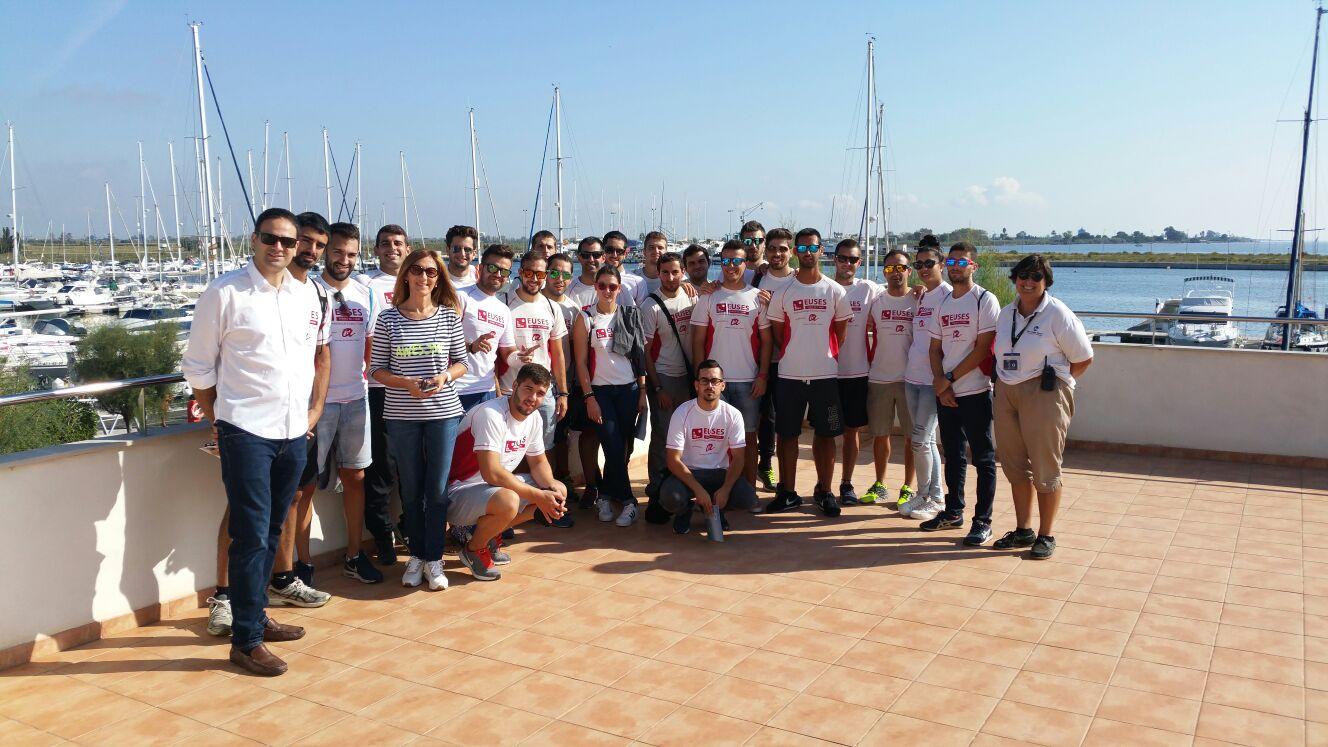 Els alumnes de 4t curs de CAFE d'EUSES-URV realitzen una sortida a l'Estació Nàutica Port Marina de Sant Carles de la Ràpita