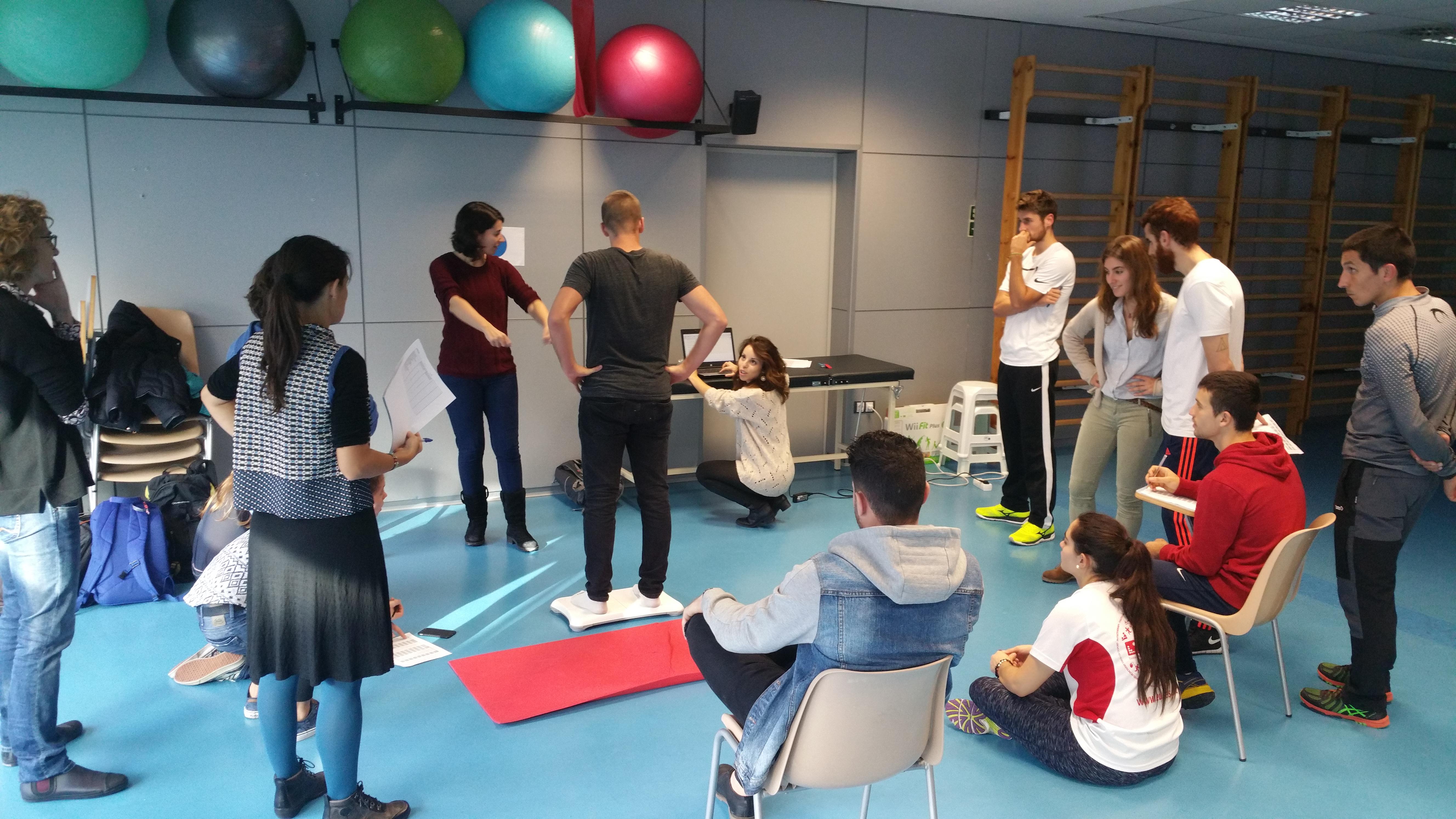 Nova sessió formativa dels investigadors i alumnes de CAFE i Fisioteràpia d'EUSES de l'estudi PEHC