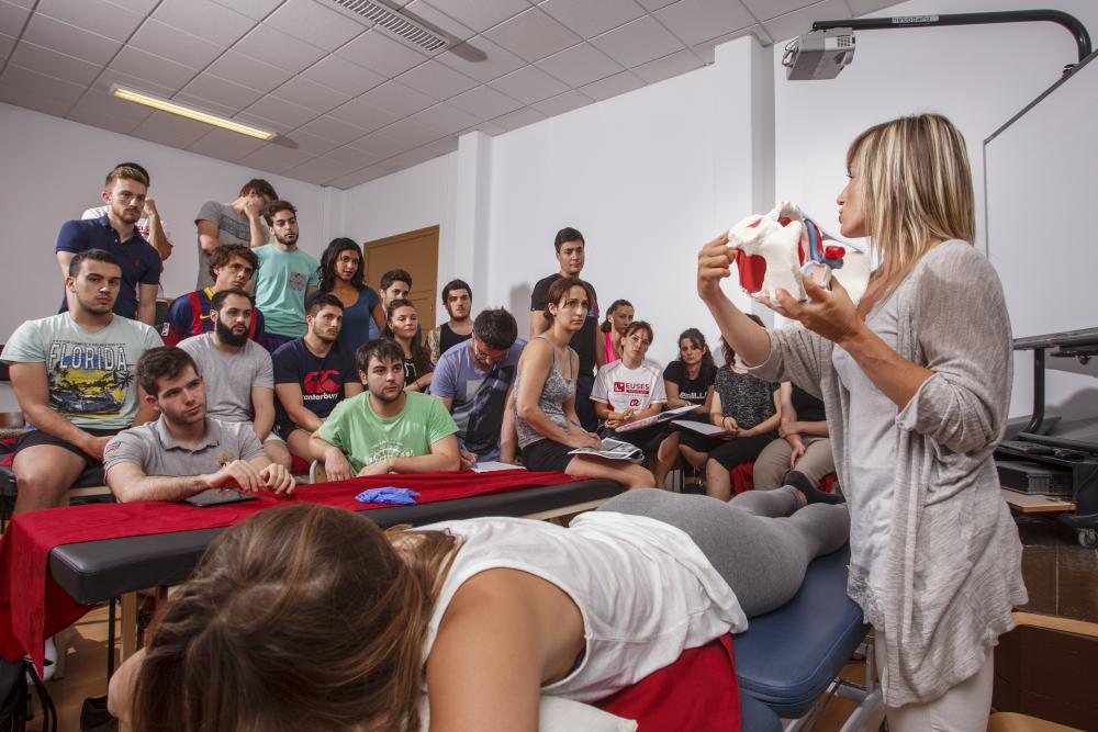 Una formació universitària teòrica i pràctica de qualitat? Estudia el Grau en Fisioteràpia a EUSES Terres de l'Ebre