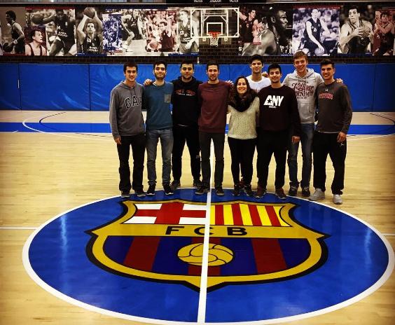 Els alumnes de l'assignatura d'Esports d'Equip II de 3r de CAFE visiten la Ciutat Esportiva Joan Gamper del FC Barcelona