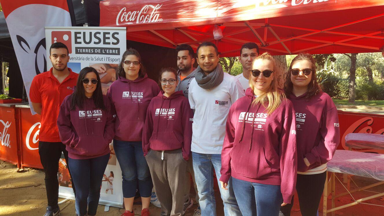 Estudiants del grau en Fisioteràpia d'EUSES-URV recuperen els esportistes de la Marató de les Vies Verdes de les Terres de l'Ebre