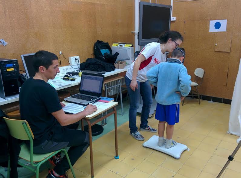 Recollida de dades del projecte PEHC amb els nens de segon de primària de l'Escola Aldric i del col·legi Puig d'Arques de Cassà de la Selva
