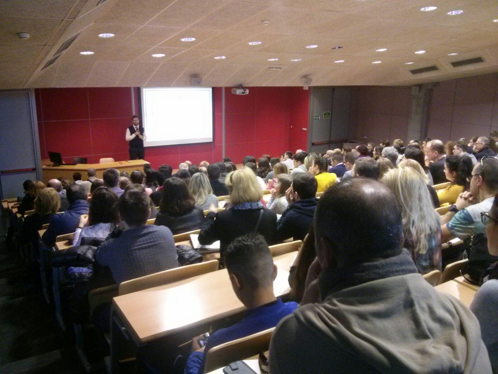 Èxit en la jornada de portes obertes que l'Escola Universitària de la Salut i l'Esport ha dedicat als estudiants francesos
