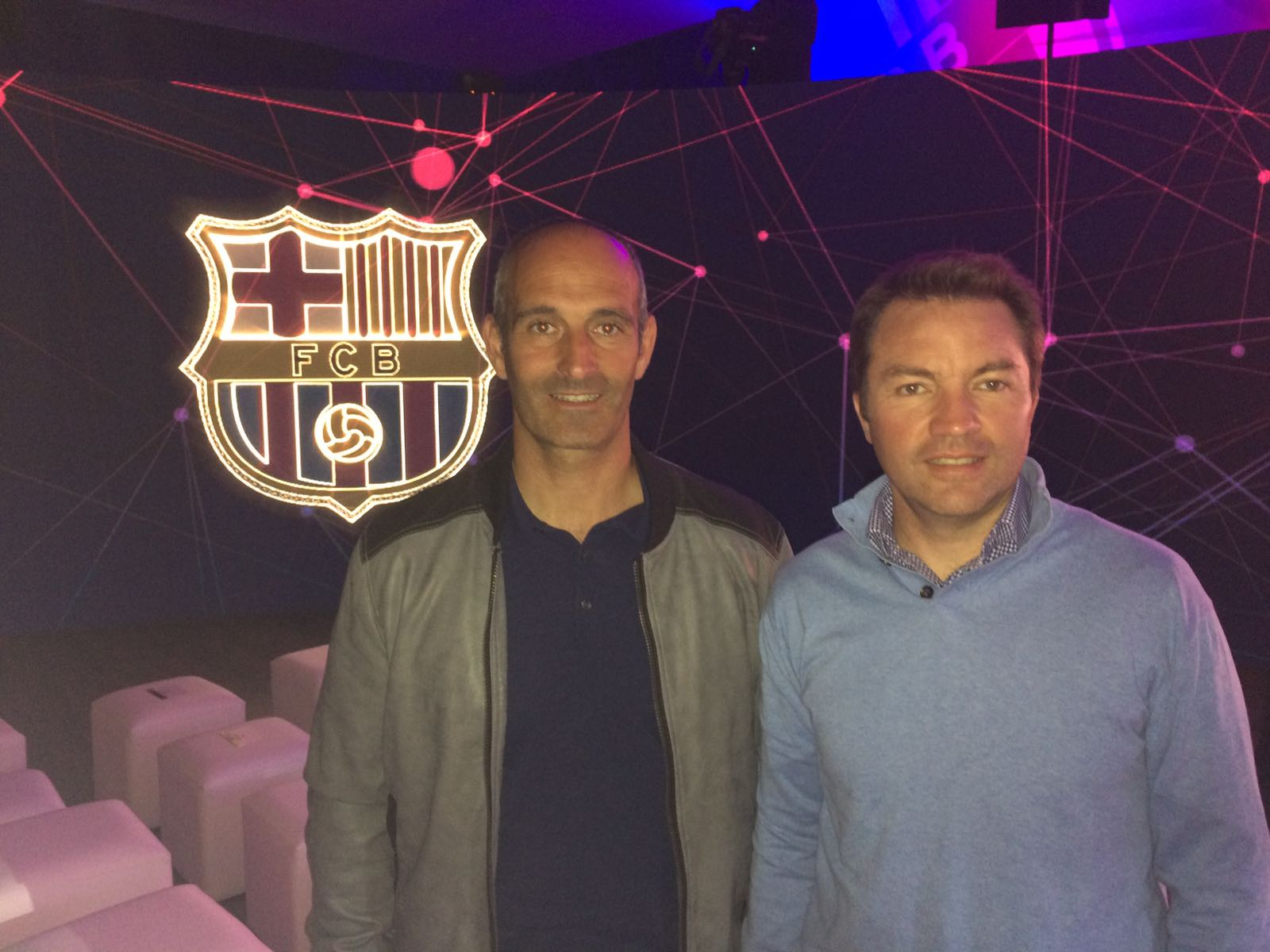 El director d'EUSES Terres de l'Ebre, Xavier Nadal, i el cap d'estudis de CAFE, Pau Cecília, en la presentació mundial del Barça Innovation Hub