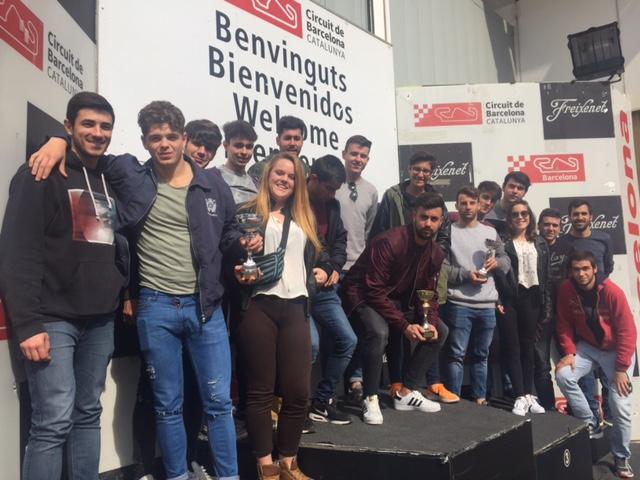 Els alumnes de 2n del Grau en CAFE d'EUSES Terres de l'Ebre-URV realitzen una visita cultural i didàctica al circuit de Catalunya