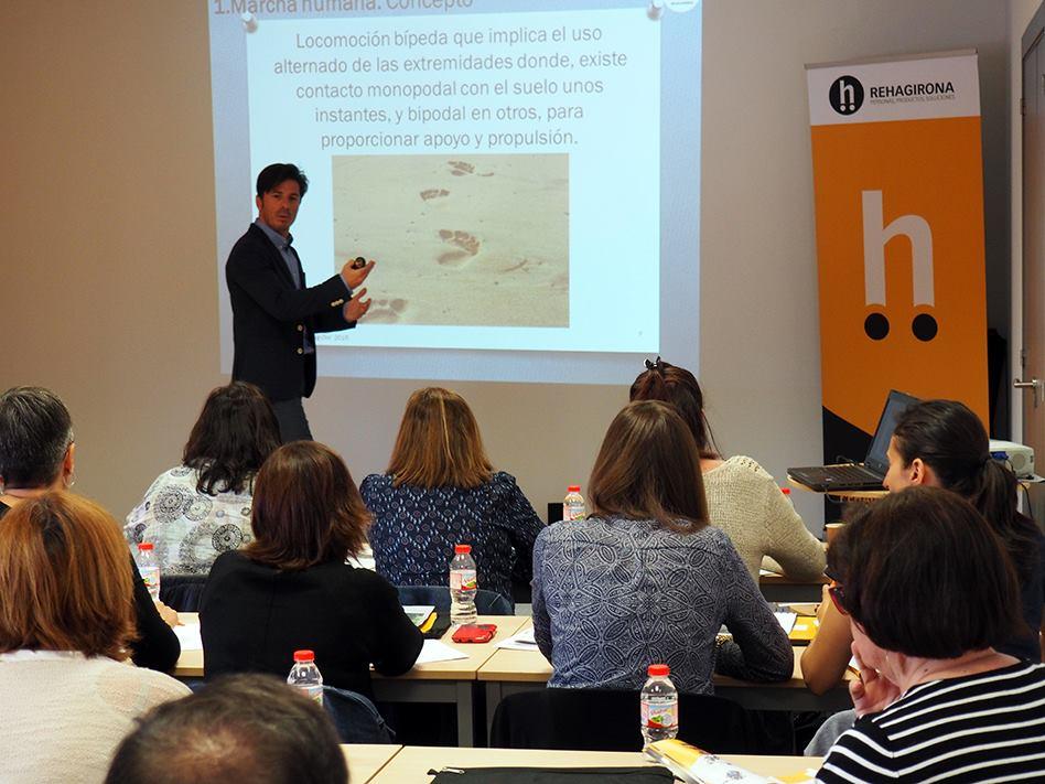 """Conferència sobre """"Marxa i Rehabilitació"""" del professor de biomecànica del Grau en Fisioteràpia d'EUSES Daniel Marcos a ReahaGirona"""