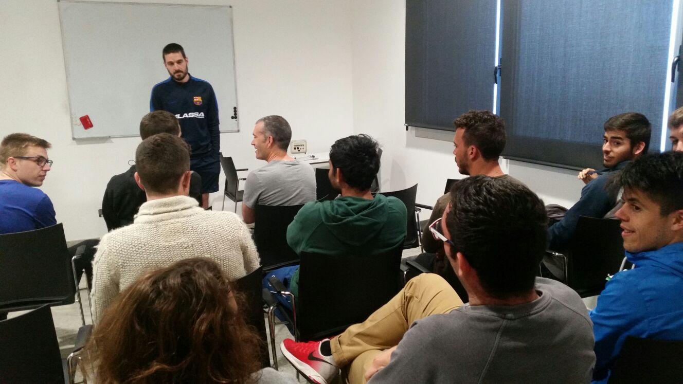 Visita dels alumnes de 3r curs del Grau en CAFE d'EUSES de l'assignatura d'handbol a les instal·lacions del FC Barcelona