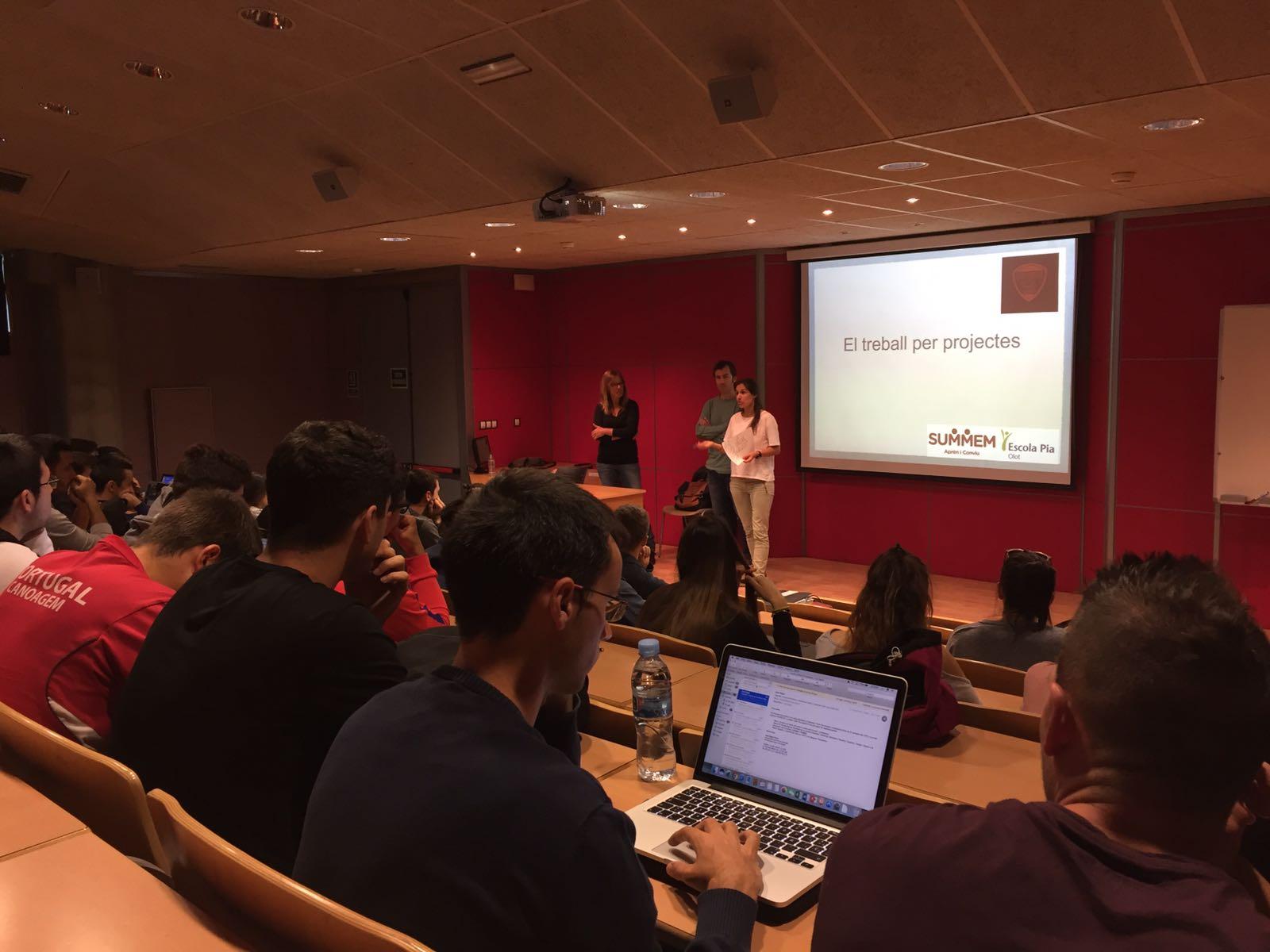 Xerrades a EUSES dels professors Mila Cañas i Faló Garcia als alumnes de 2n de CAFE d'EUSES en el marc de l'assignatura de Programació de l'Ensenyança en el sistema educatiu