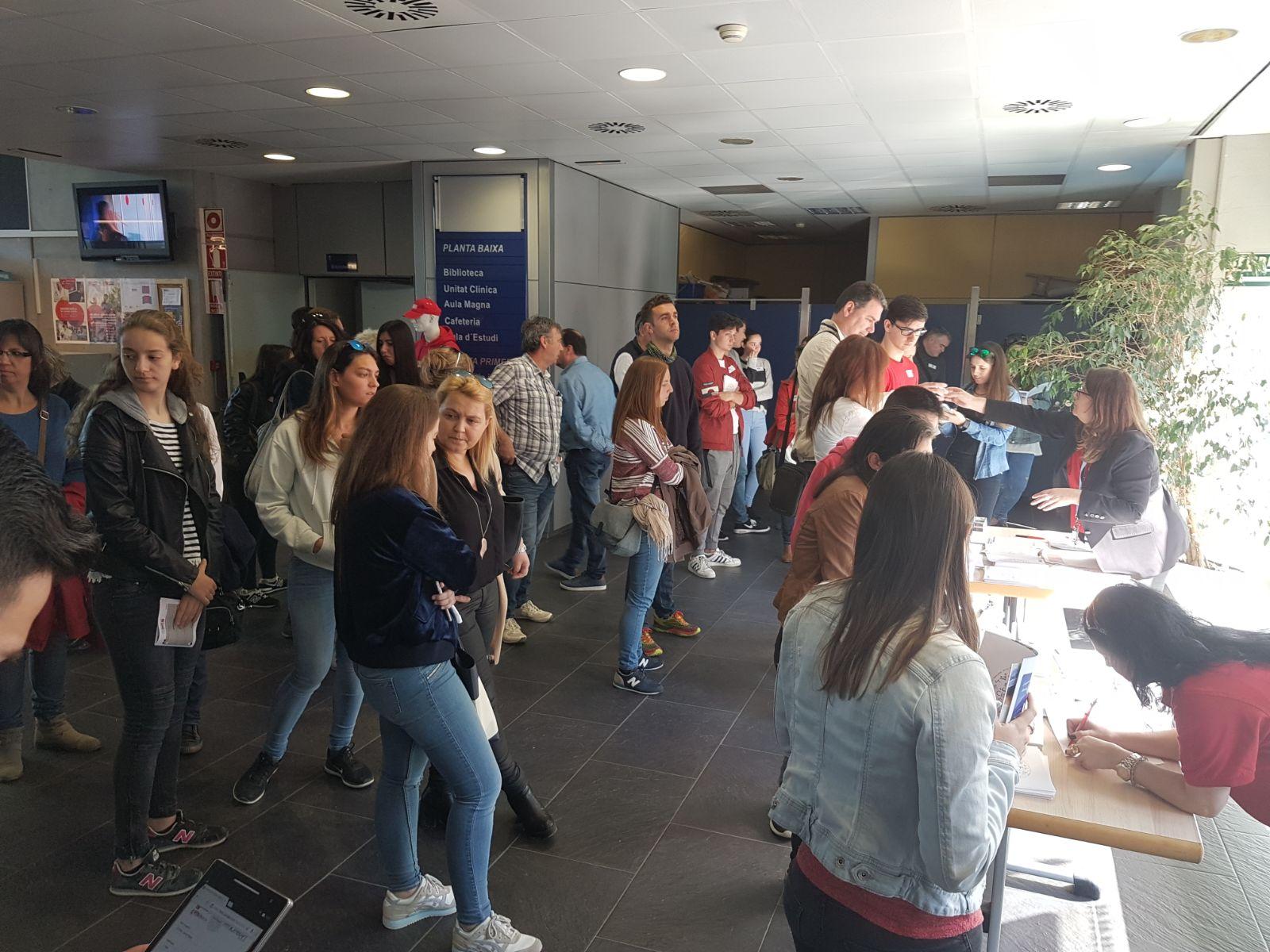Bona afluència d'estudiants en la Jornada de Portes Obertes per als graus d'EUSES i els cicles formatius del Centre Garbí