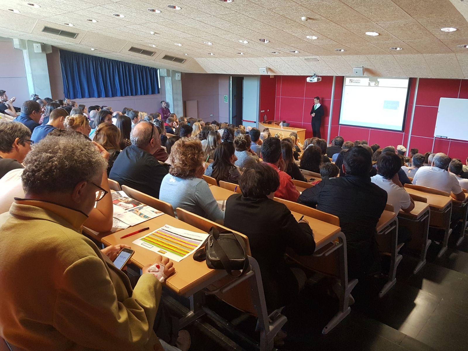 Gran afluència de públic en la Jornada de Portes Obertes d'EUSES per als graus en Fisioteràpia i en Ciències de l'Activitat Física i l'Esport