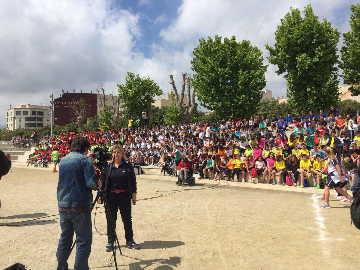 Estudiants del Grau en CAFE d'EUSES Terres de l'Ebre col·laboren en la Diada Poliesportiva del Montsià