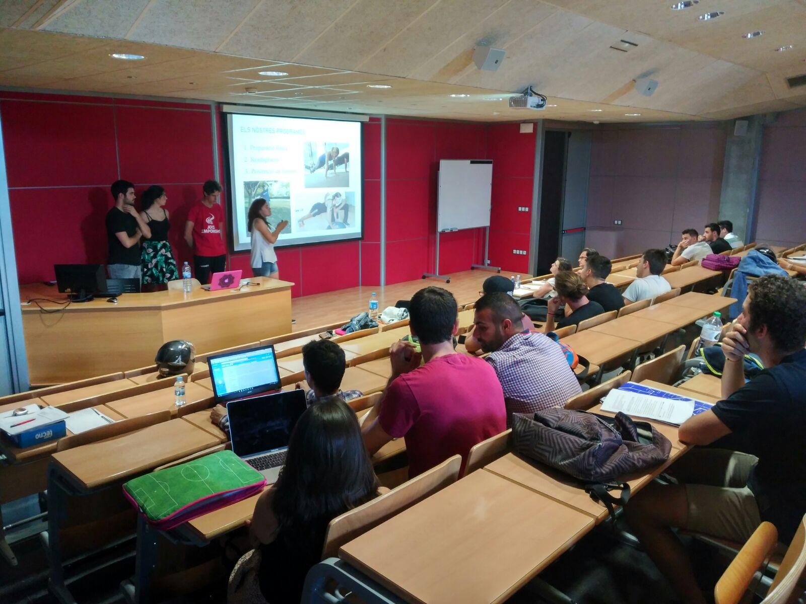 Els estudiants de 2n curs del Grau en Ciències de l'Activitat Física i l'Esport presenten els seus projectes