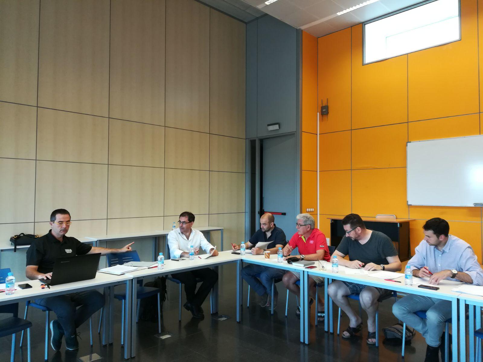 """El jurat dels premis """"Girona és Esport"""" es reuneix a l'Escola Universitària de la Salut i l'Esport"""