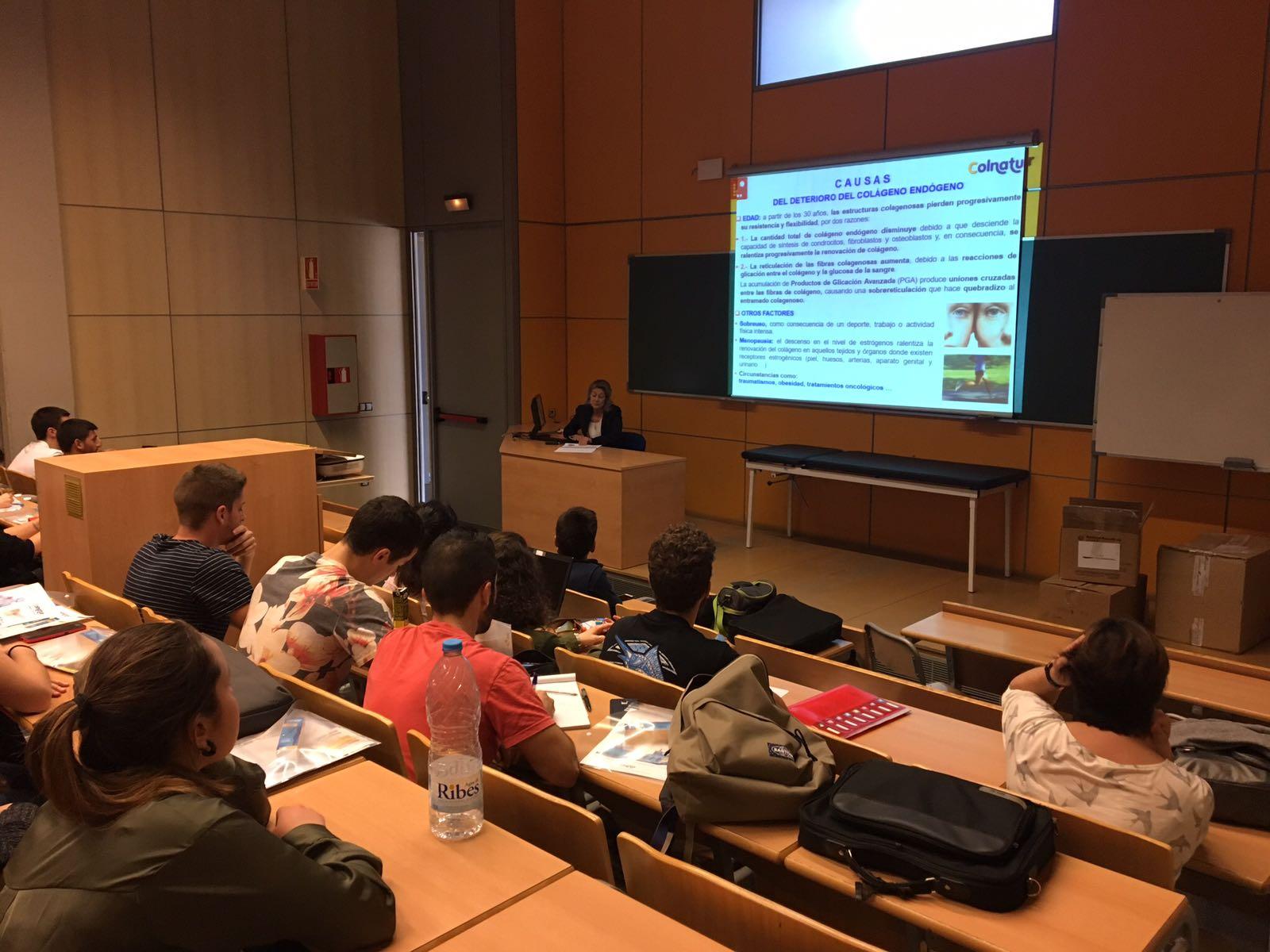 Conferència a EUSES de Colnatur adreçada als estudiants del Grau en Fisioteràpia, del cicle de Dietètica i d'EUSES Alumni sobre els beneficis del colàgen