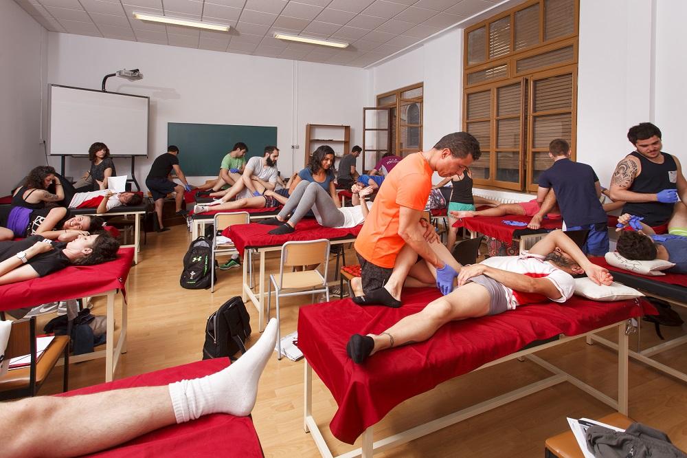El Grado en Fisioterapia de EUSES Terres de l'Ebre apuesta por la personalización y especialización del alumnado