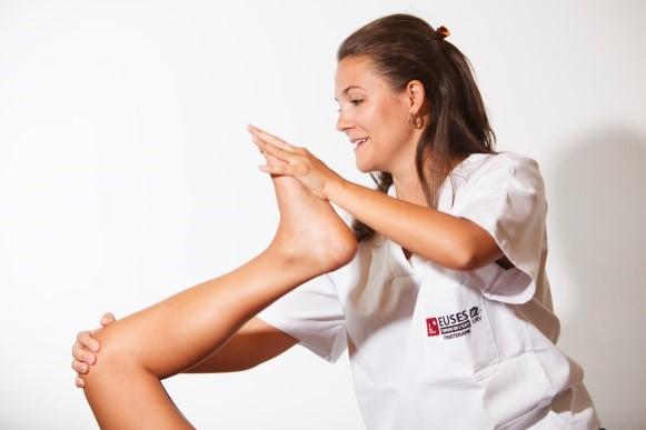 ¿Qué habilidades debe tener un buen fisioterapeuta? Ponlas en práctica en el Grado en Fisioterapia de EUSES Terres de l'Ebre