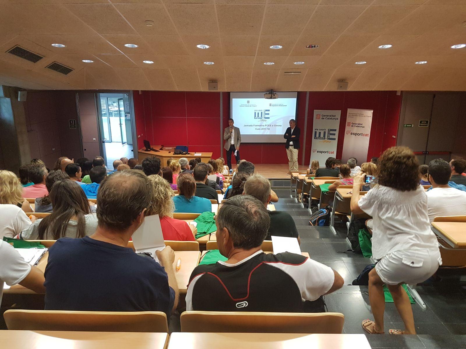 L'Escola Universitària de la Salut i l'Esport acull la Jornada Formativa per a coordinadors del Pla Català d'Esport a l'Escola (PCEE)