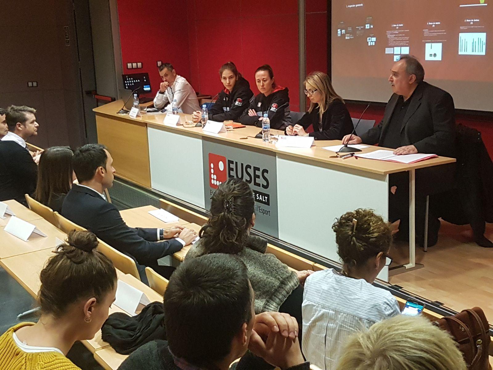 Celebrada la VII Jornada Anual del Campus de Salt EUSES Alumni, amb la jugadora de bàsquet de l'Spar Citylift Uni Girona Rosó Buch com a convidada especial