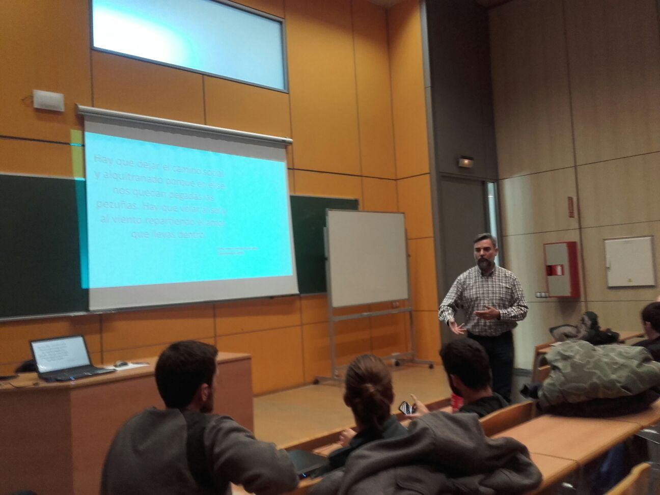 Toni Brocal realitza un seminari sobre el mercat actual del Fitness a l'Escola Universitària de la Salut i l'Esport