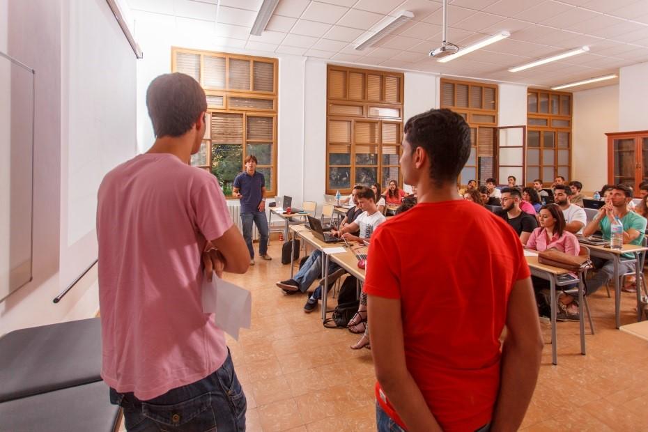 Diplôme de Kinésithérapie d'EUSES Terres de l'Ebre : formez-vous auprès d'un professorat expert au profil de chercheur