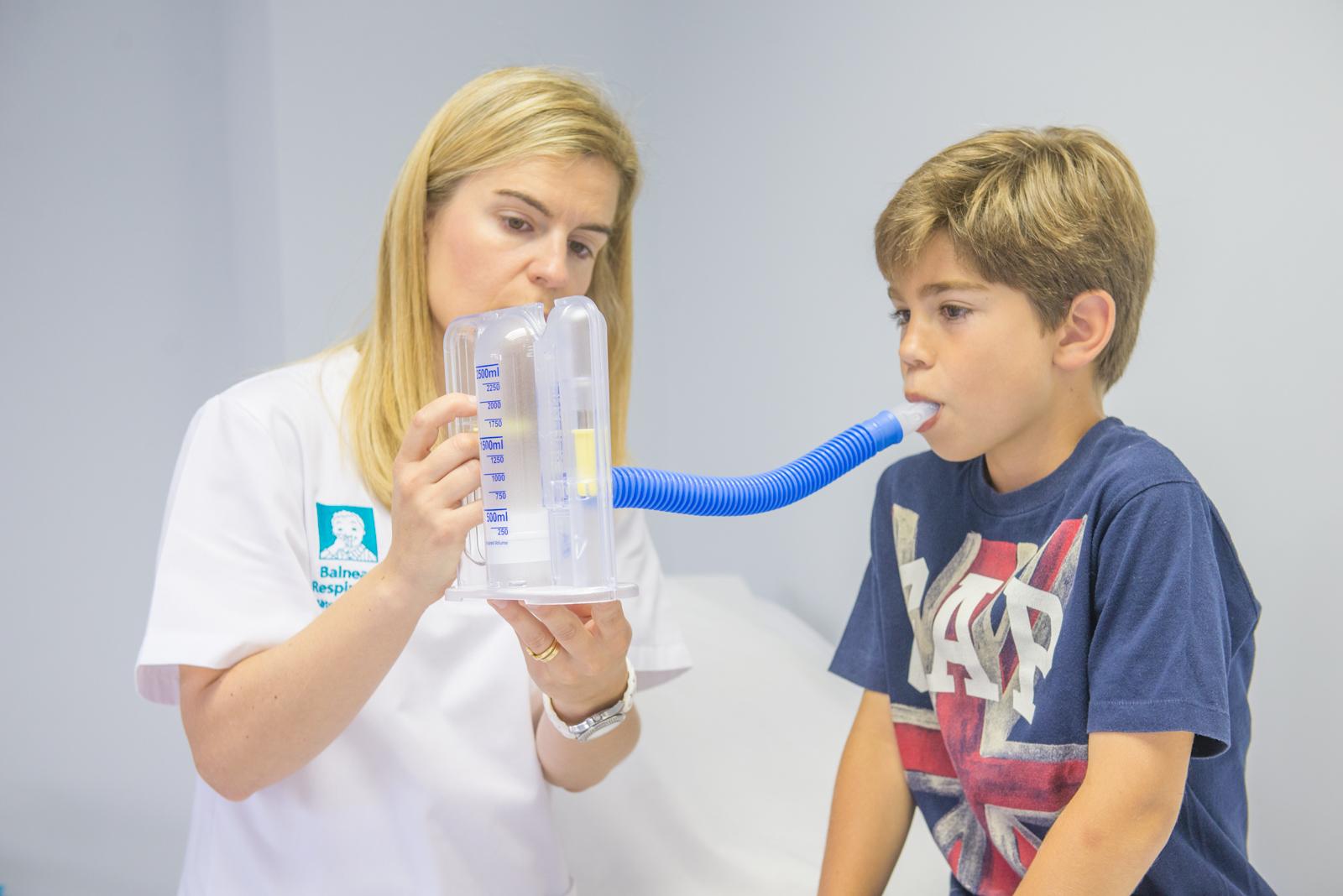 Apprenez avec le meilleur professorat en kinésithérapie respiratoire à l'EUSES