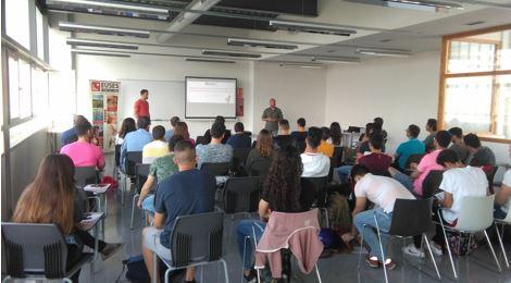 Celebrada con éxito la Cápsula Formativa sobre la controversia de los estiramientos en el Campus de Terres de l'Ebre