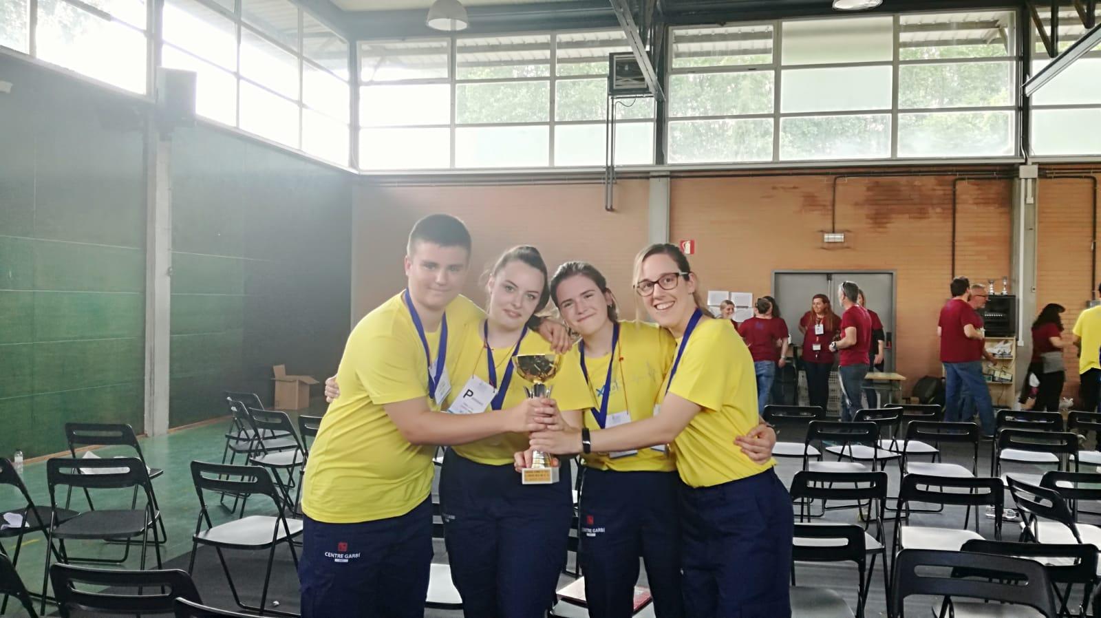 L'equip de 1r curs del cicle formatiu de Tècnic en Emergències Sanitàries del Centre Garbí guanya el 2n concurs d'intercentres de Catalunya