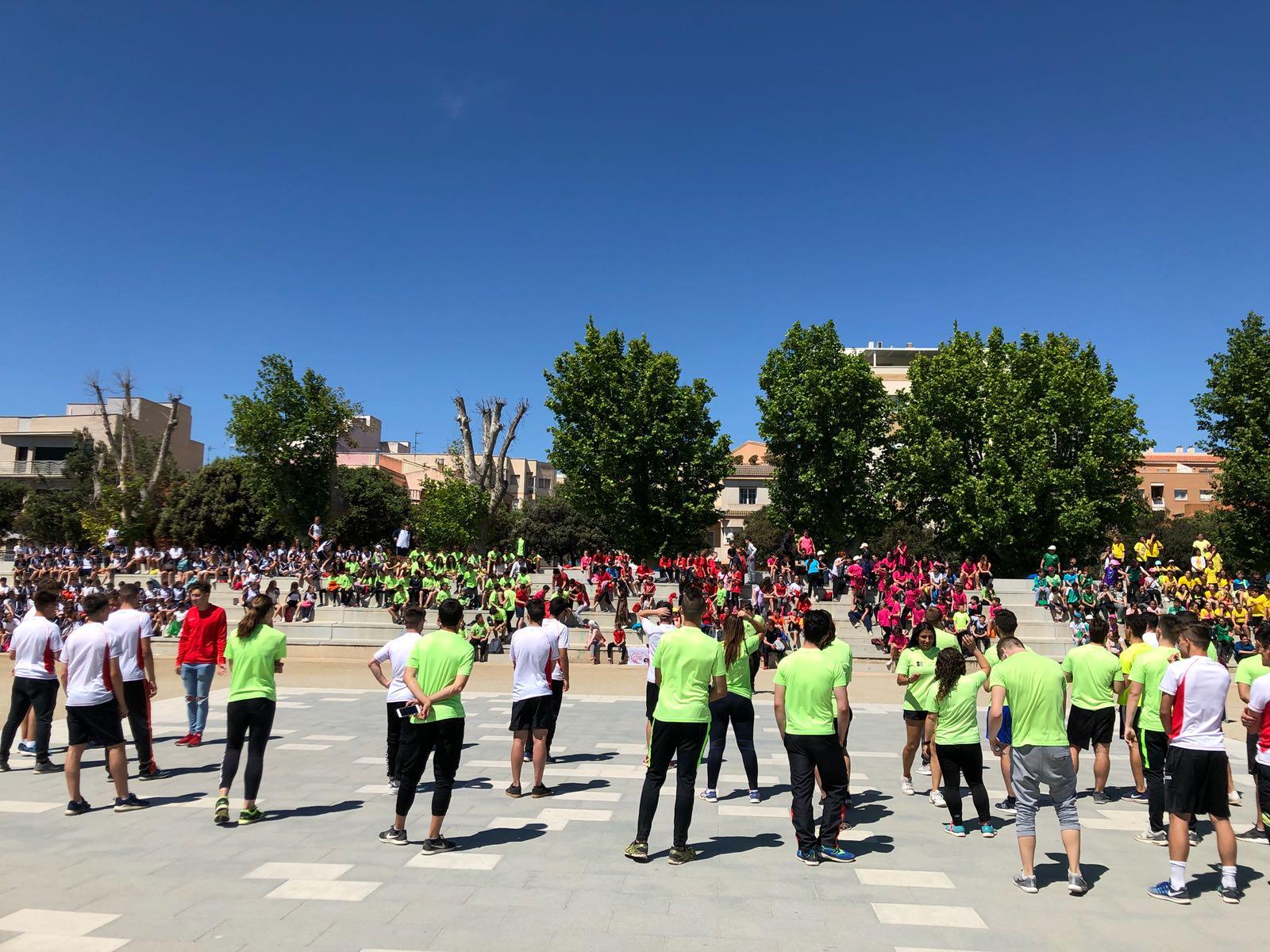 Els estudiants de 1r de CAFE d'EUSES-TE participen en l'organització de tallers de la Diada Poliesportiva del Montsià, a Amposta
