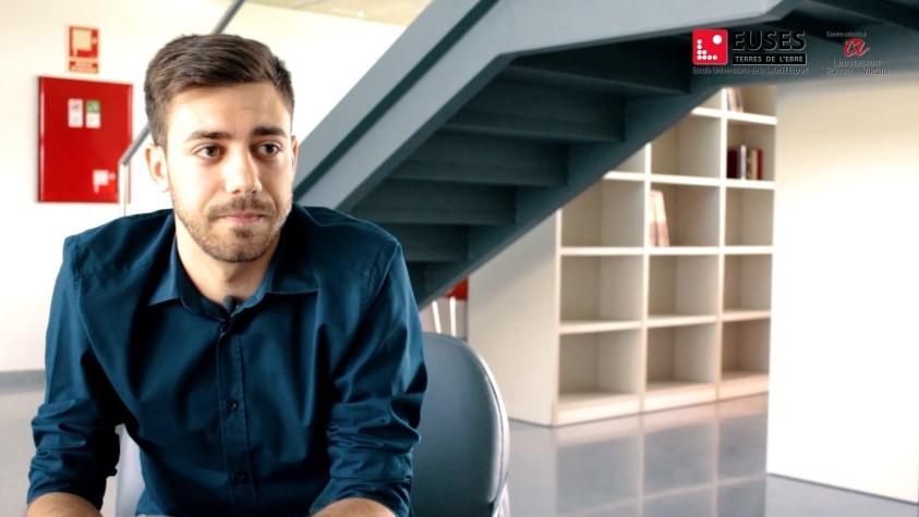 """Víctor Moreno, graduat en CAFE: """"El que més valoro d'EUSES-URV és el tracte tan proper i personal de l'equip de professors"""""""