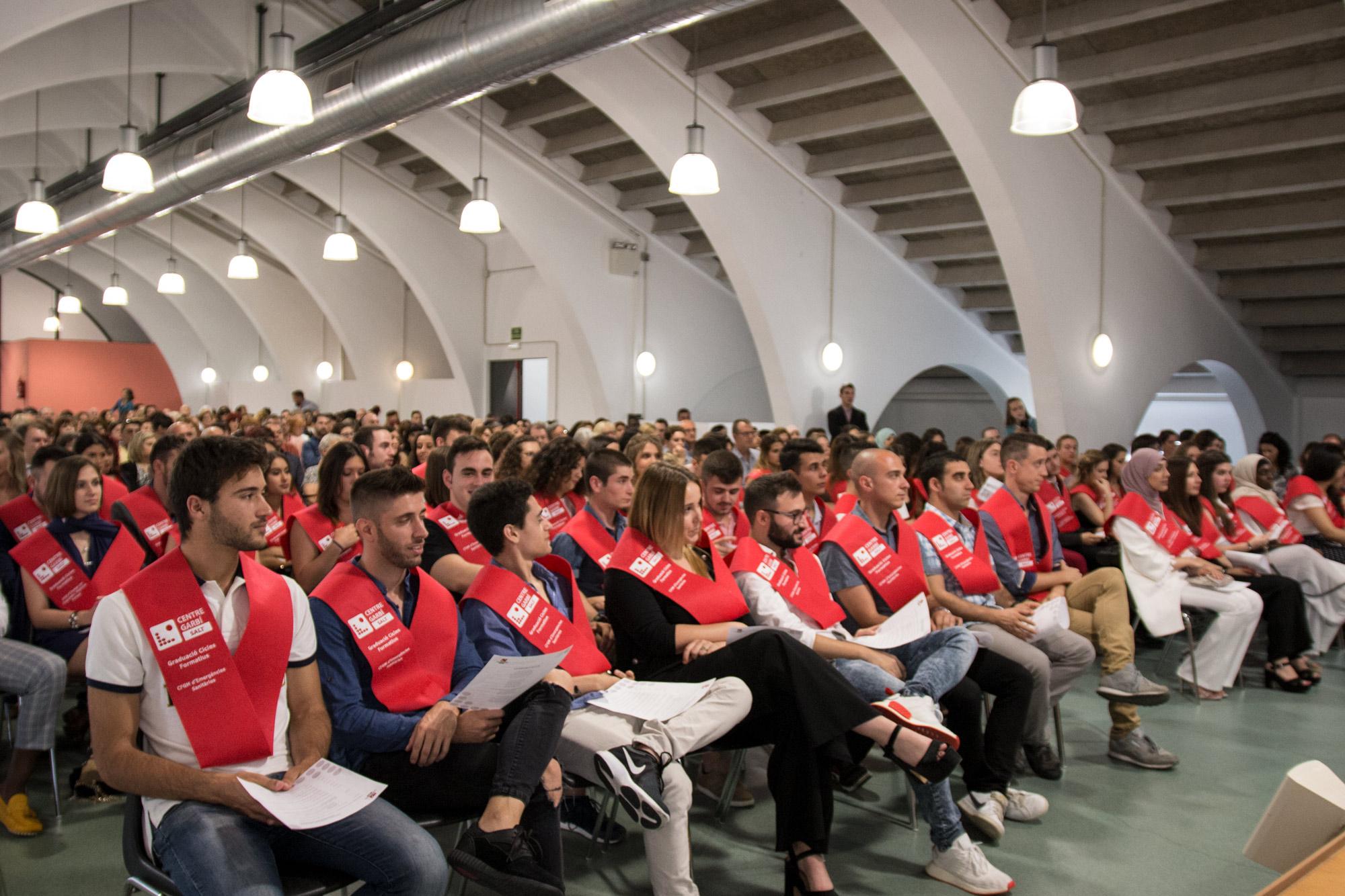 El Centre Privat Garbí celebra l'Acte de Graduació dels seus cicles formatius:Dietètica, Anatomia Patològica i Citodiagnòstic, Imatge per al Diagnòstici Medicina Nuclear i Emergències Sanitàries