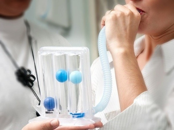La fisioteràpia respiratòria, una especialitat del Grau en Fisioteràpia a EUSES-URV