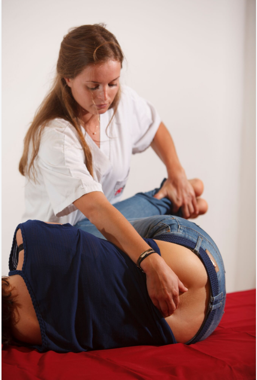 El 'learning by doing' de EUSES-URV: la asignatura de Fisioterapia Domiciliaria