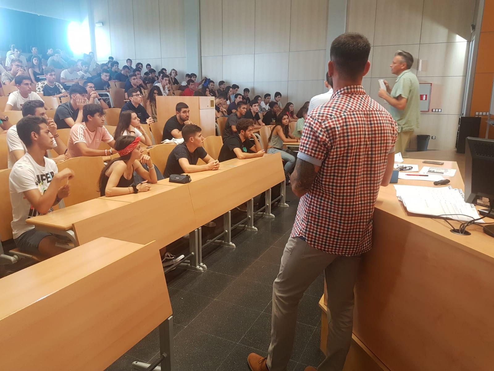 Tret de sortida al curs acadèmic 2018/19 en les diferents seus de l'Escola Universitària de la Salut i l'Esport